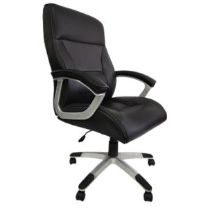 Cadeira Presidente PEL 8028H ,Possui função de ajuste de altura do assento, sistema Relax, espuma com densidade controlada e assento com madeira multi laminada. Sua estrutura é de polipropileno e o revestimento é em couro sintético preto.