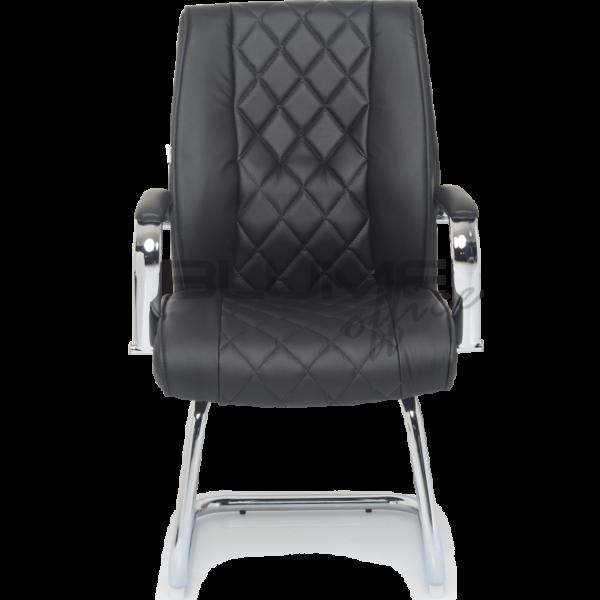 Cadeira BLM de reunião com encosto e assento revestidos em courino com espuma injetada no assento, espuma com densidade controlada no encosto e sobrecapa em soft.
