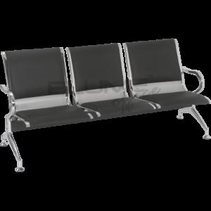 Cadeira longarina BLM três lugares com assento e encosto em concha única de aço com pintura epóxi cinza ou preto e acabamentos laterais cromados.