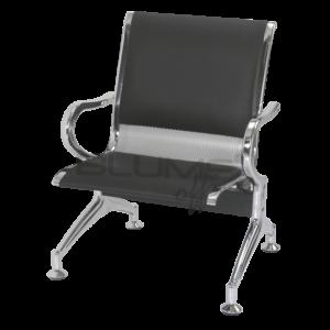 Cadeira longarina BLM um lugar com assento e encosto em concha única de aço com pintura epóxi cinza ou preto e acabamentos laterais cromados.