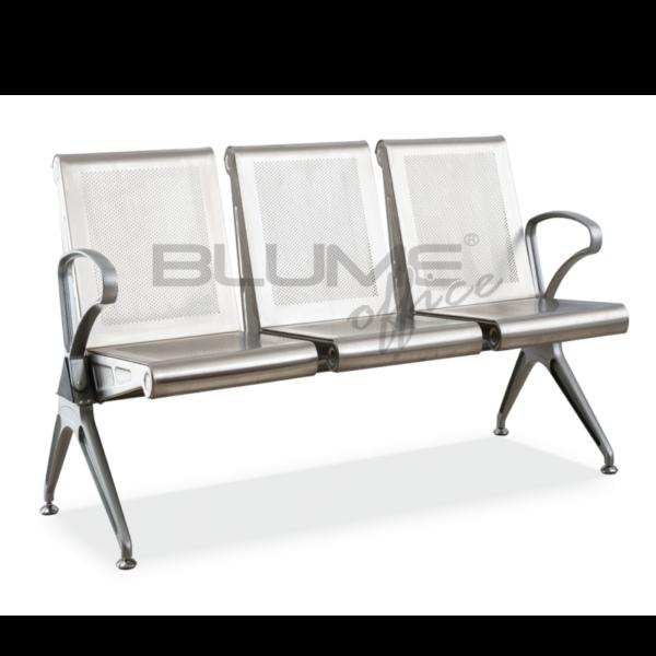 Cadeira longarina BLM três lugares com encosto, assento, braços e pés em aço inox.