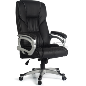 Cadeira presidente BLM para escritórios de alto padrão. Cadeira com encosto e assento revestidos em courino com espuma injetada no assento, espuma com densidade controlada no encosto e soft nas abas.