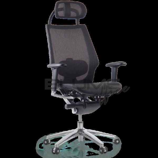 Cadeira presidente com assento e encosto revestidos em elastômero copolimerizado.