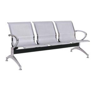 Longarina Aeroporto c/ 03 lugares Aço ,Cadeira Longarina Diretor em Aço Modelo: Aeroporto em Aço Garantia: 2 Anos Braços: C/ braços laterais cromados Encosto/Assento: Todo em Aço