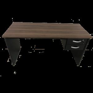 Mesa p/ escritório reta 1,50×0,60m Garantia: 1 Ano Tampo: MDP Encabeçado Espessura do tampo: 25 mm Pés: Pé Painel Cor: Nogal / Preto