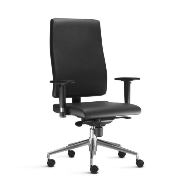 Cadeira Presidente Séphia . Design, leveza e simplicidade nos traços são os elementos que traduzem a essência da linha Séphia e possibilitam sua adaptação a diversos ambientes.