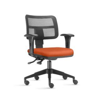 Cadeira Executiva Zip Telada , é resultado de design moderno e confortável. Possui opções em encosto tapeçado ou com tela. Ousadia e inovação são atributos desta linha que faz a diferença em ambientes corporativos
